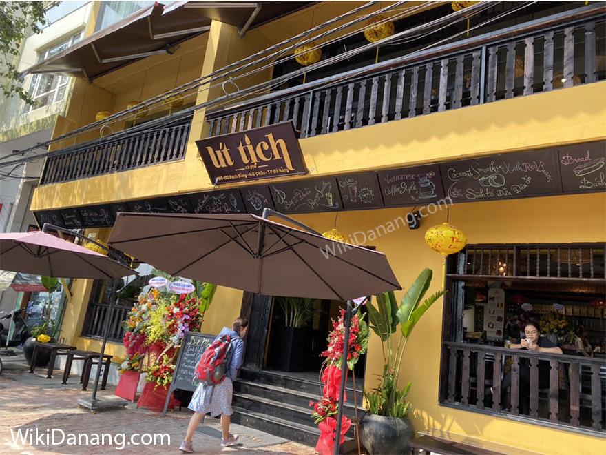 Cafe Út Tịch – 100-102 Bạch Đằng, Đà Nẵng – View sông Hàn thơ mộng