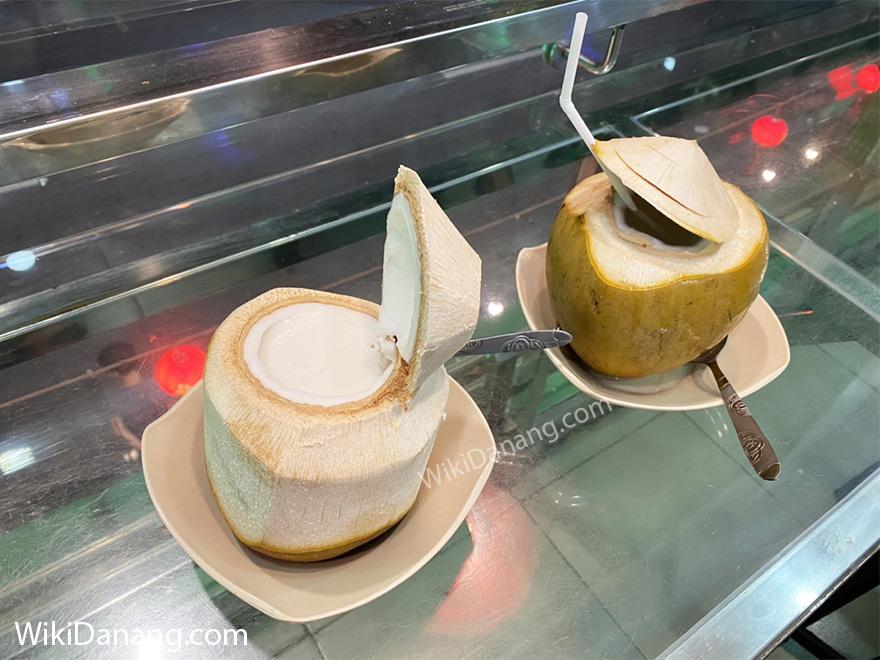 Rau câu trái dừa đường Bạch Đằng